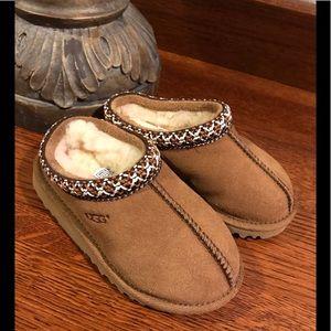New UGG Chestnut Tasman Children's Slippers
